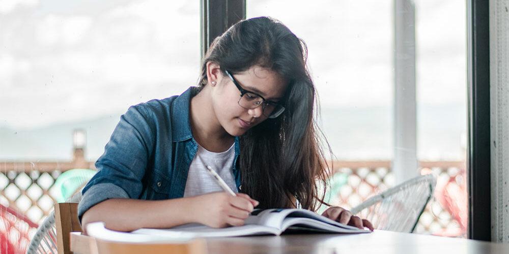 Motivar a mi hijo para estudiar