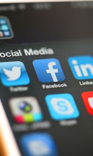 como-buscar-trabajo-en-las-redes-sociales